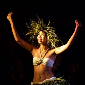 hula at opening luau for Kauai Writers Conference